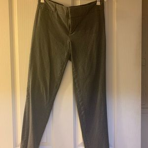 Banana republic Sloan pant with grey pattern